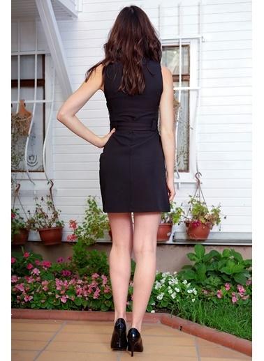 İroni Kemerli V Yaka Elbise Siyah